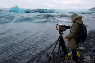 Karen Zalamea photographing the landscape in Iceland